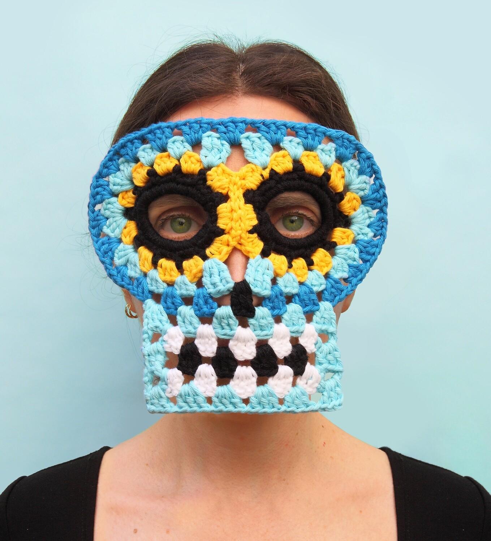 Masque Granny Skull