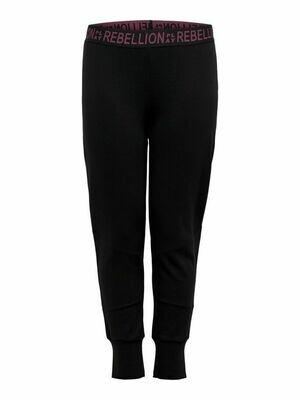 Bløde sweatpants (med opkradset inderside) fra OnlyPlay Curvy