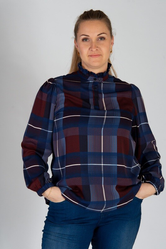 Kollektionsprøve - Ternet højhalset bluse fra Zoey