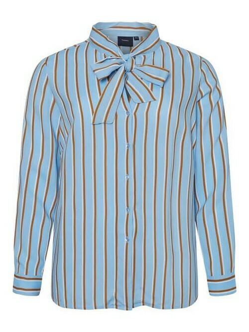 Smart stribet skjorte fra Junarose