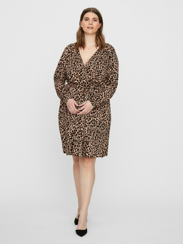 kjole med cool leopard print fra Junarose.