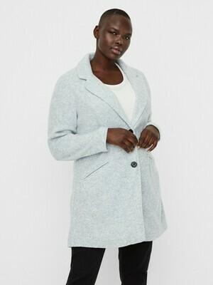 Skøn jakke fra Vero Moda Curve!