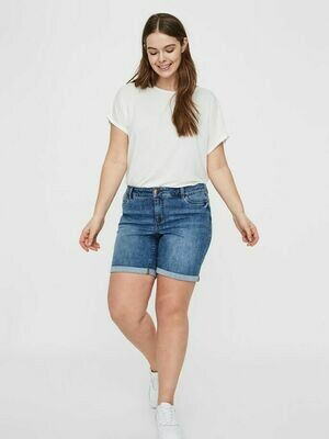 Denim-shorts fra Junarose.