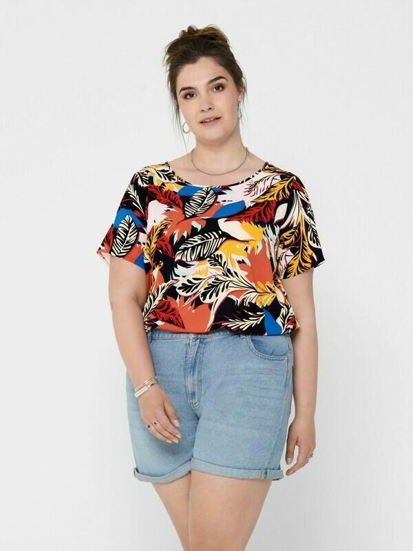 T-shirts i smarte prints fra Carmakoma!