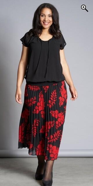 Elegant nederdel fra Studio