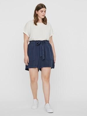 Casual shorts fra Junarose.