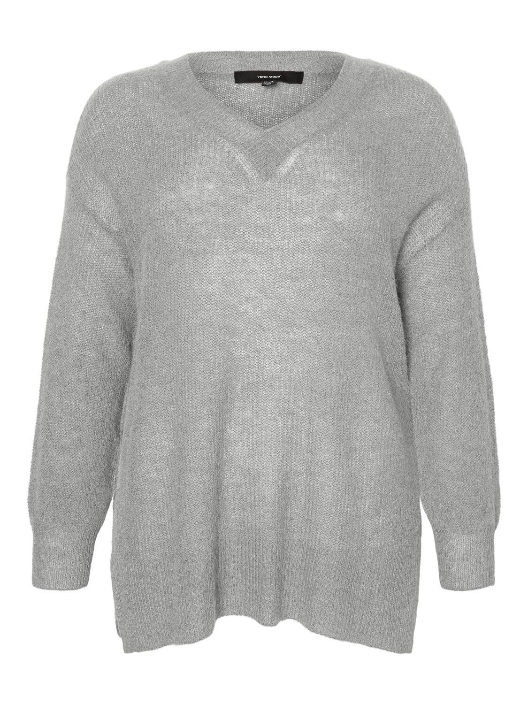 Blød strik pullover fra Vero Moda Curve!