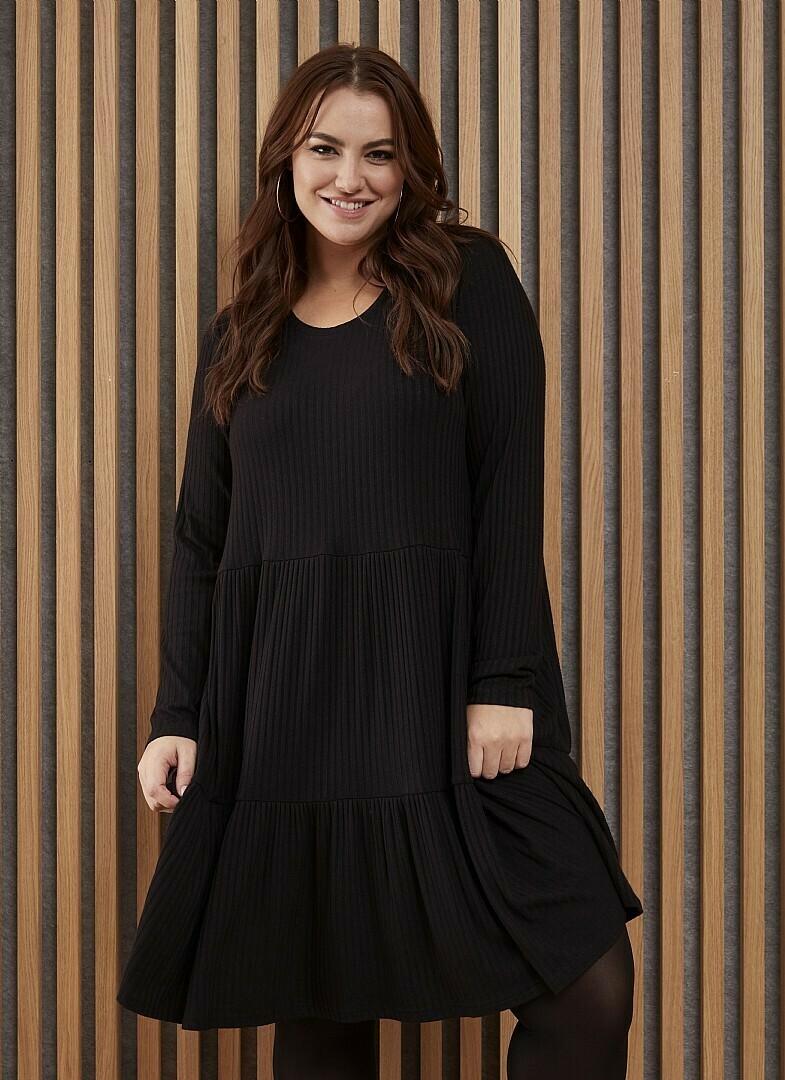 Skøn kjole i blød kvalitet fra Zhenzi!