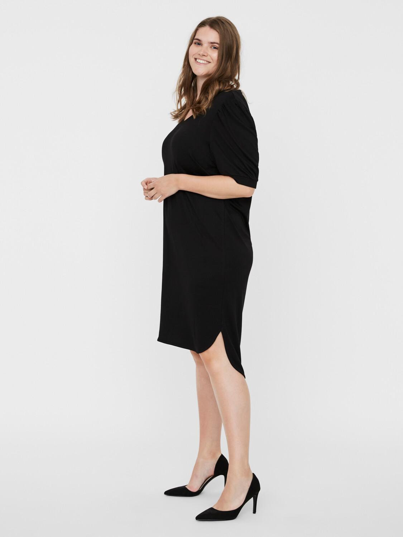 Kjole med high/low-effekt fra Junarose