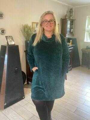 Chenille-kjole med lommer fra DNY