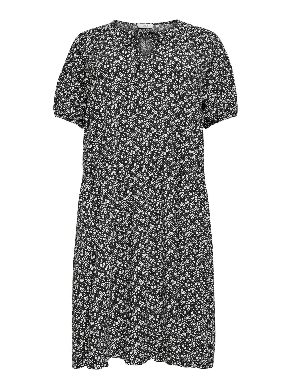 Knælang kjole fra Carmakoma.