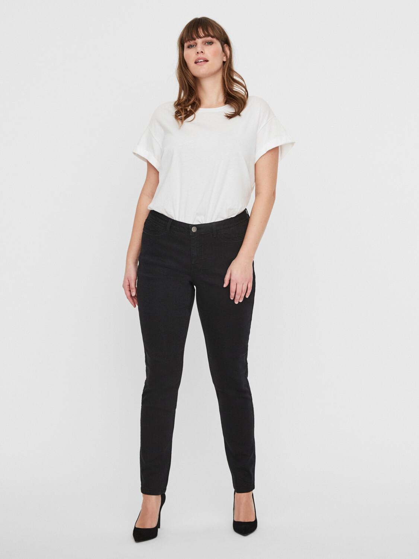 Sorte Queen jeans fra Junarose!