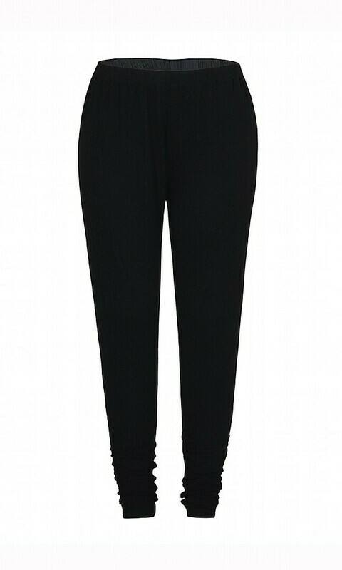 Sorte basis leggings fra Zhenzi!