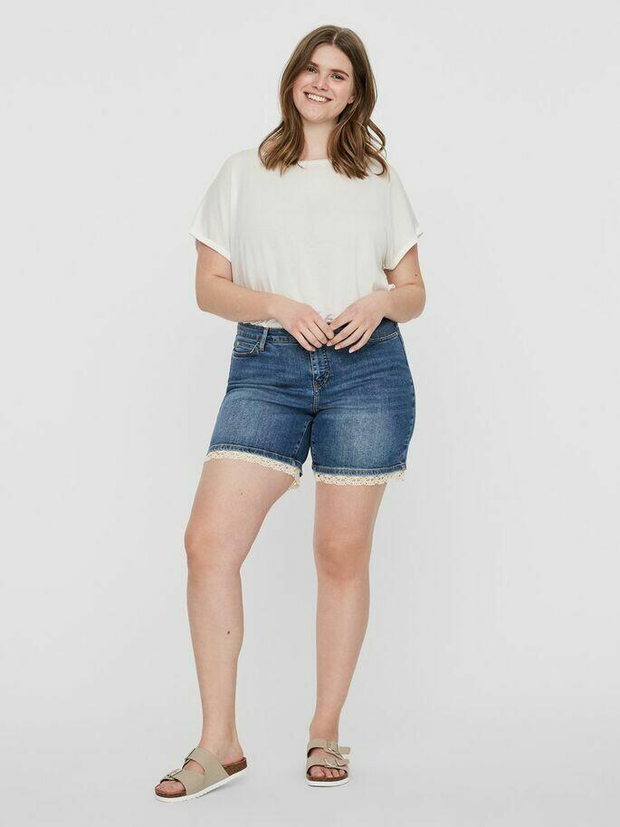 Denim-shorts med blonde fra Junarose