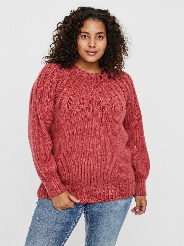 Blød sweater fra Vero Moda Curve.