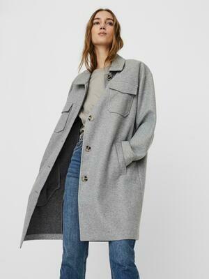 Fedeste oversized jakke fra Vero Moda Curve