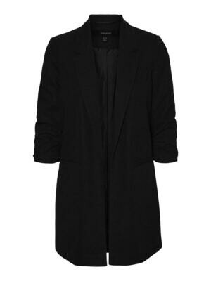 Fed lang sort blazer fra Vero Moda Curve