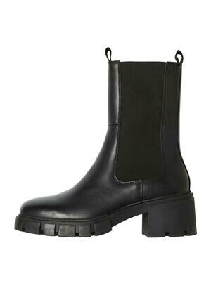Fedeste støvler fra Vero Moda Curve!