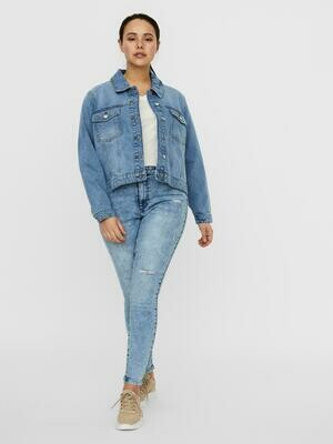 Smart denim jakke fra Vero Moda Curve