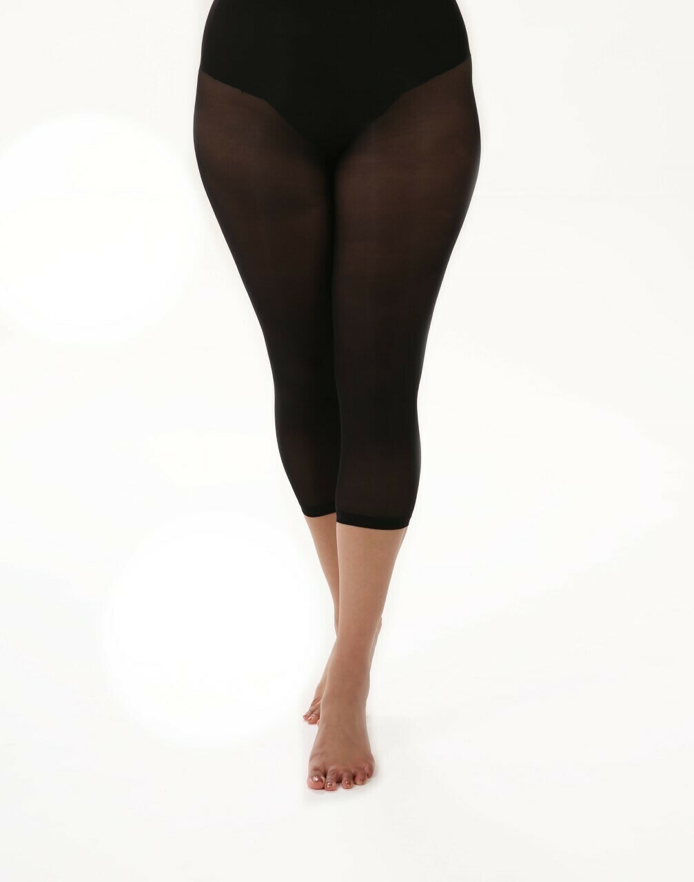 50 denier Capri Curvy Super-stretch fra Pamela Mann