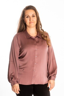 Fin skjorte fra Cassiopeia