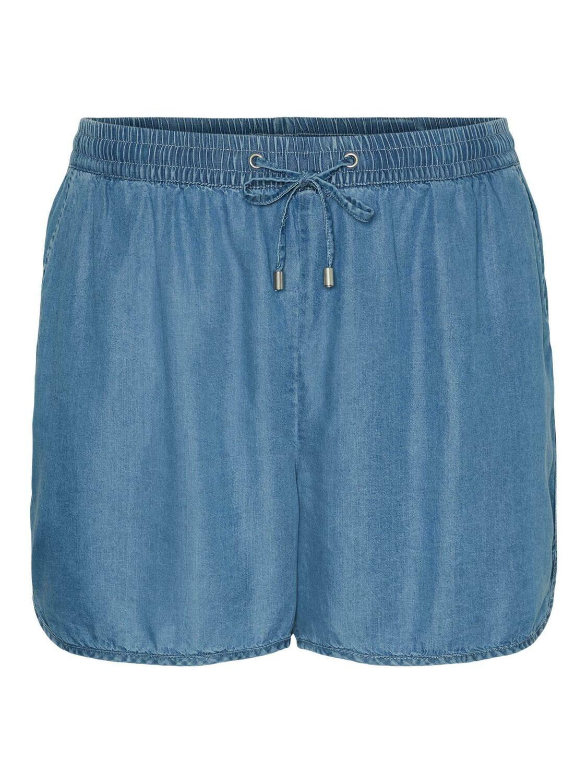 Denim shorts fra Vero Moda Curve