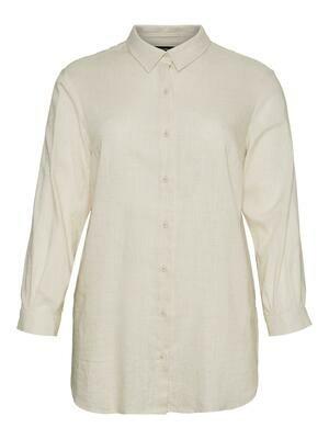 Oversize skjorte fra Vero Moda Curve