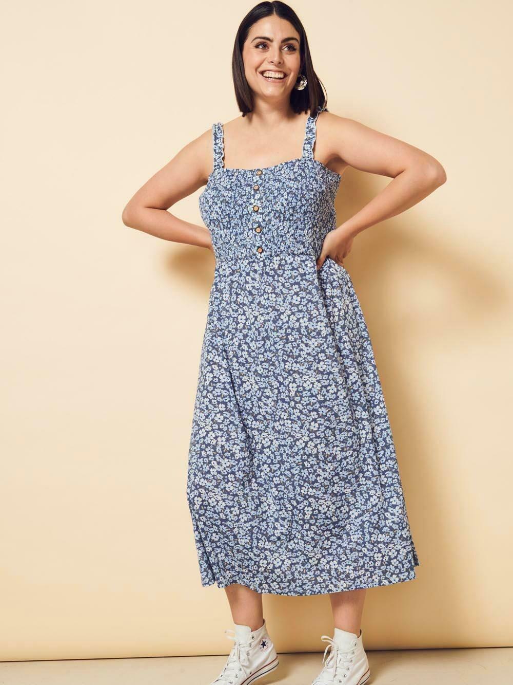 Smuk sommer kjole fra Carmakoma
