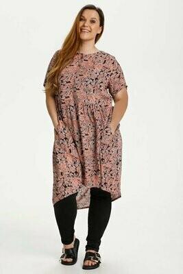 Flot kjole med print fra Kaffe Curve