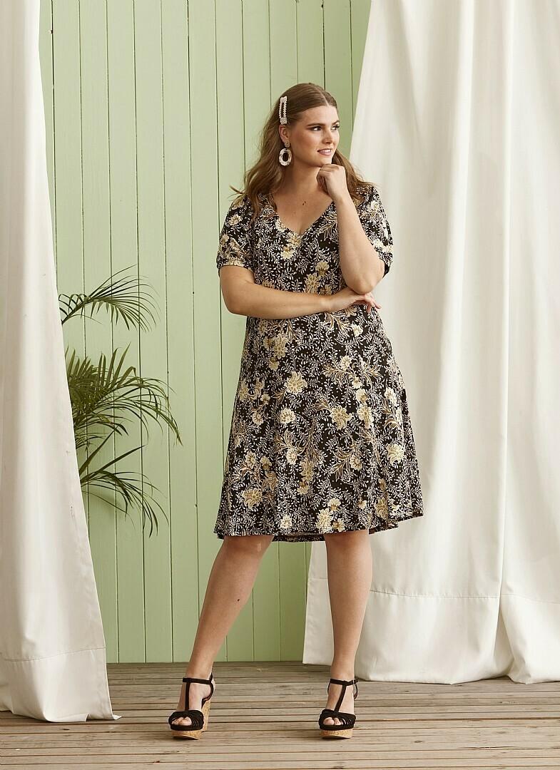Jersey-kjole fra Zhenzi