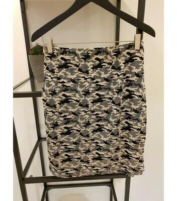 Blød mønstret nederdel fra Cassiopeia