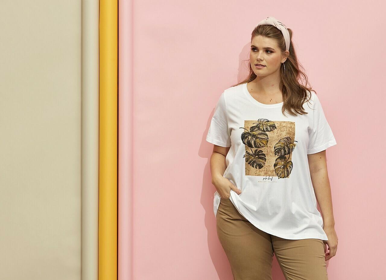 Bomulds t-shirt med frontprint fra Zhenzi
