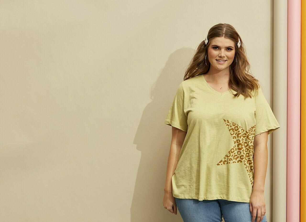 T-shirt med stjerne fra Zhenzi