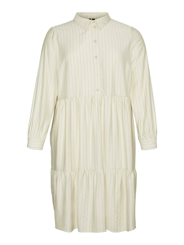 Flot kjole fra Vero Moda Curve