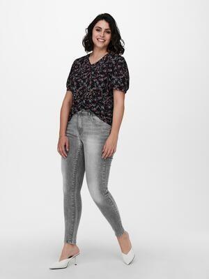 Cool jeans med forvasket look fra Carmakoma