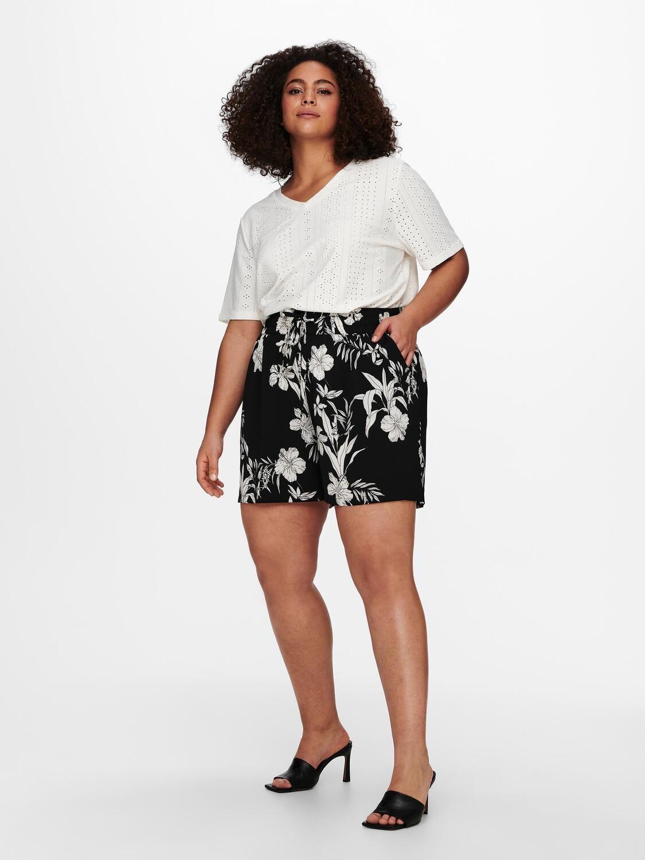 Behagelige shorts fra Carmakoma