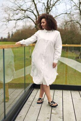 Enkel kjole med striber fra Kaffe Curve