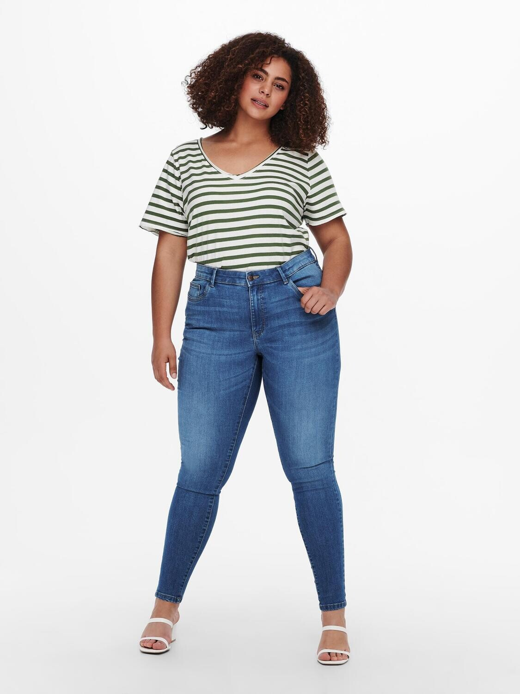 Højtaljet lyse jeans fra Carmakoma