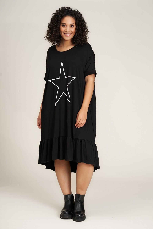 Enkel og sød kjole fra Studio