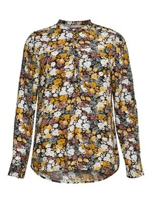 Blomstret bluse fra Carmakoma