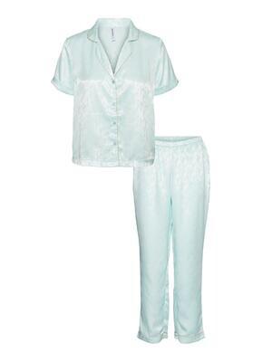 Flot pyjamas fra Vero Moda Curve