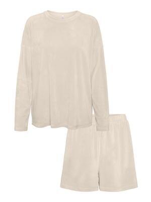 Pyjamassæt fra vero Moda curve