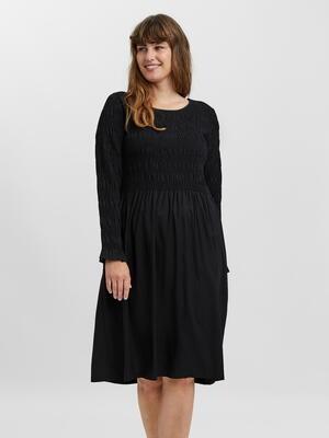 Elegant kjole med smock fra Vero Moda Curve