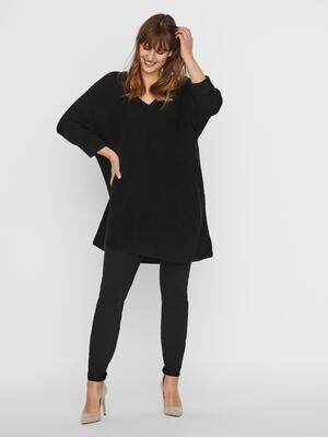 Lækker oversize bluse fra Vero Moda Curve