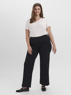 Bukser med vidde i benene fra Vero Moda Curve