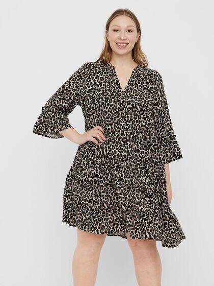 Smuk kjole fra Vero Moda Curve