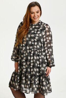 Fin kjole fra Kaffe Curve