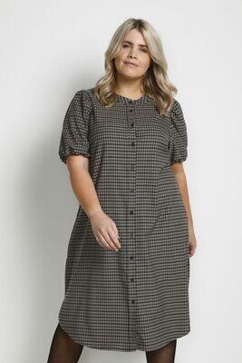 Skøn kjole fra Kaffe Curve
