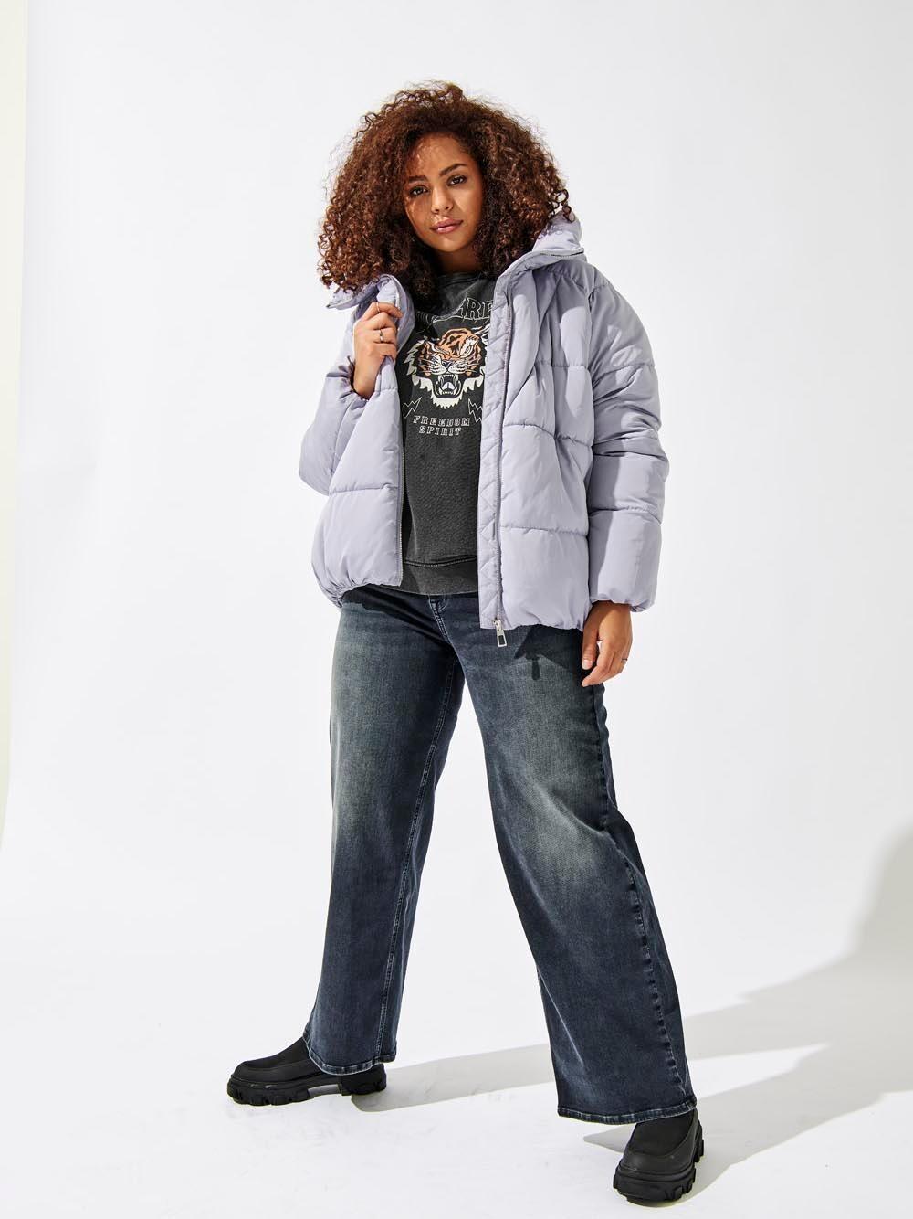 Cool jeans med vidde fra Carmakoma