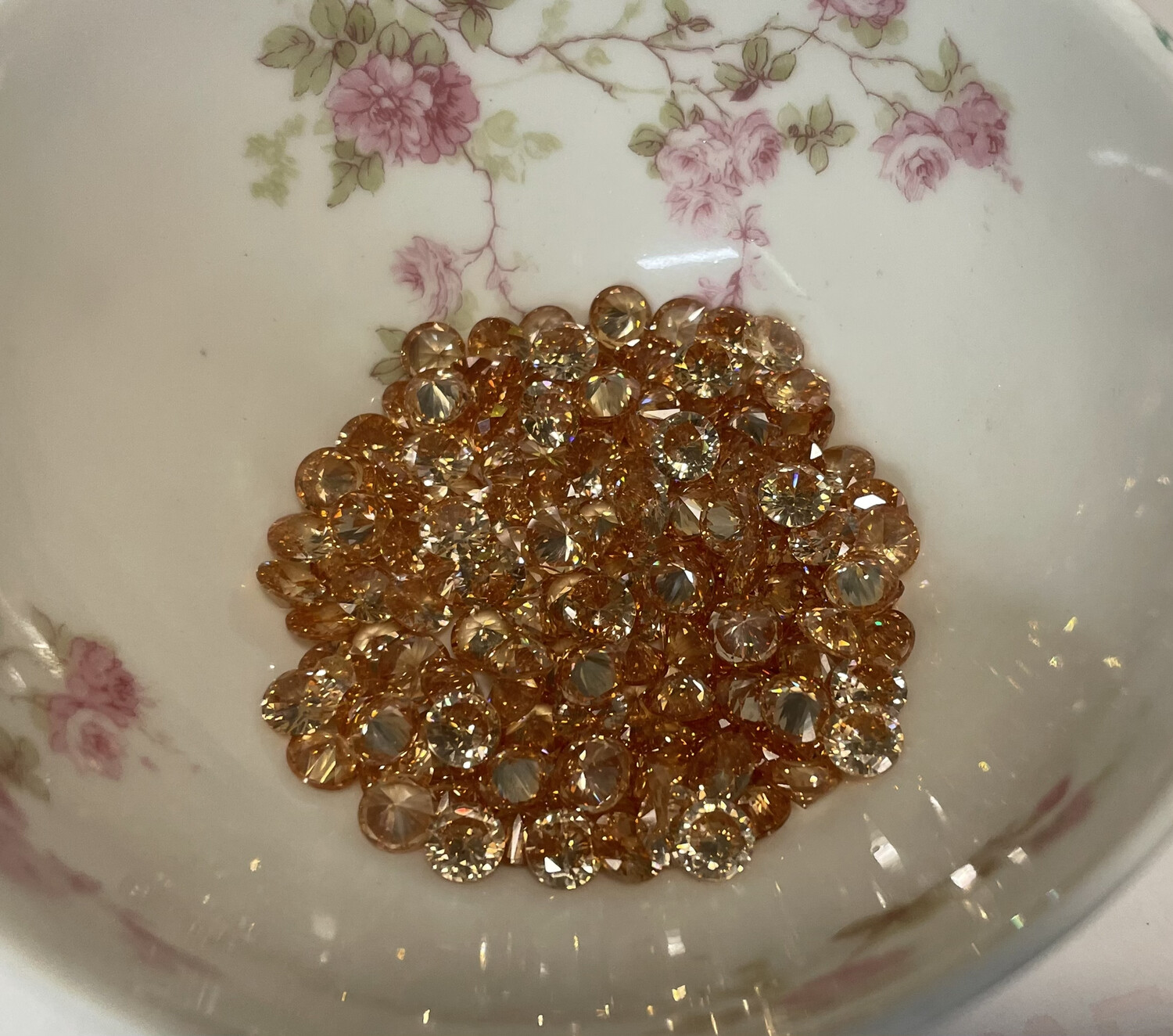 Cubic Zirconias (champagne) 6mm(20)